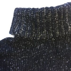 VINCE Sweaters - VINCE Wool-cashmere Tweed Turtleneck Sweater/LG